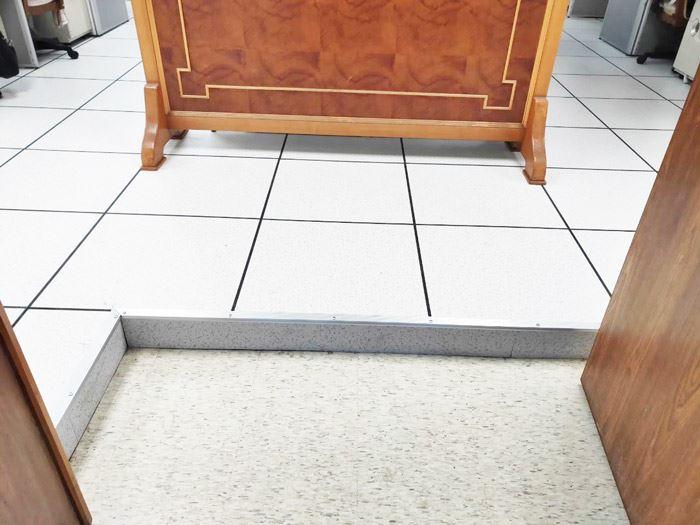 益靖高架地板、合金鋼高架地板、OA高架地板、綠建材高架地板、鋁合金高架地板