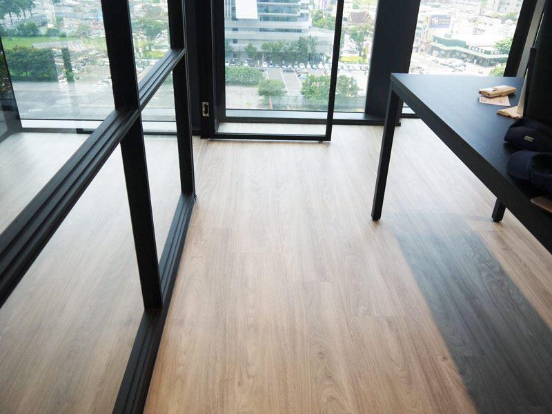 益靖台中高架地板施工